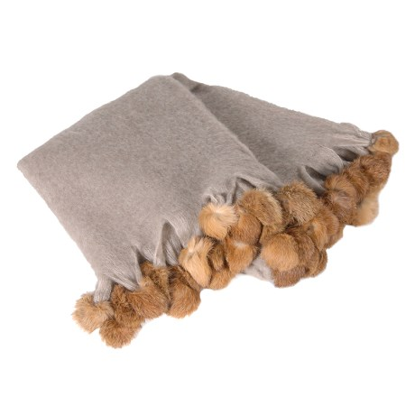 Beige Throw With Pompoms